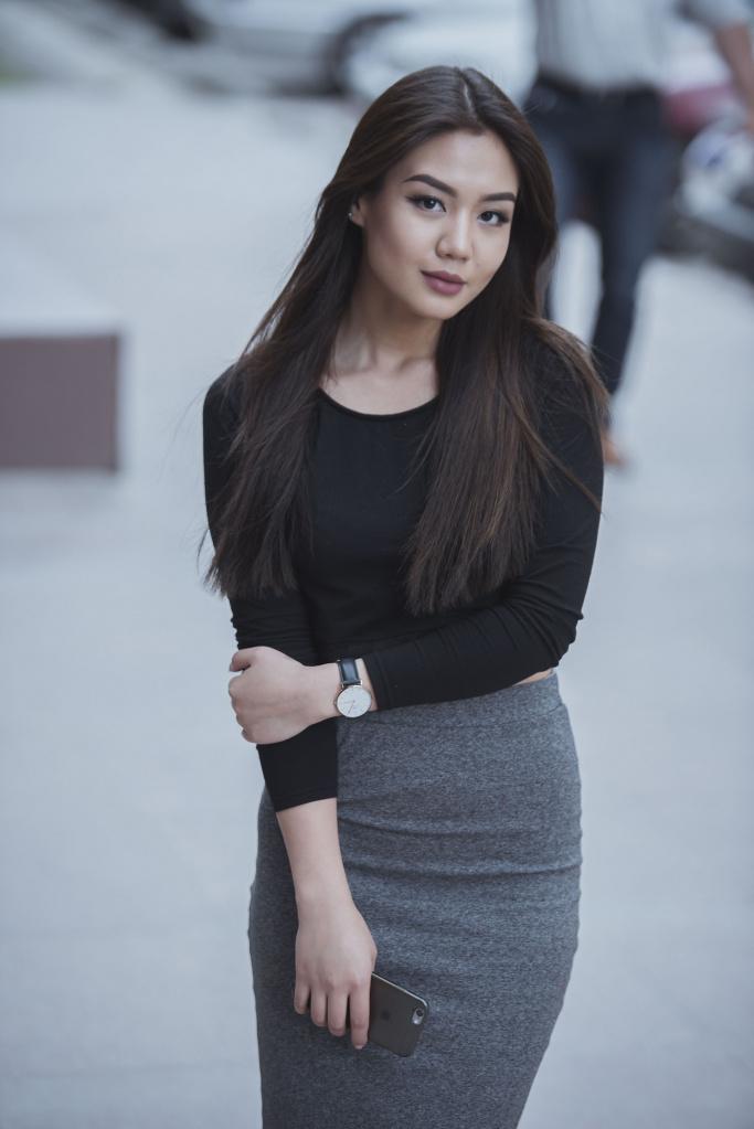 Айжан Асемова 1.jpg